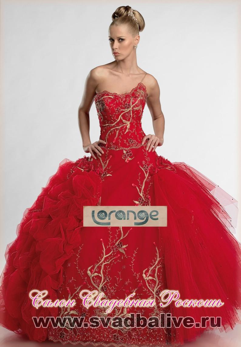 Свадебные платья красного цвета 4